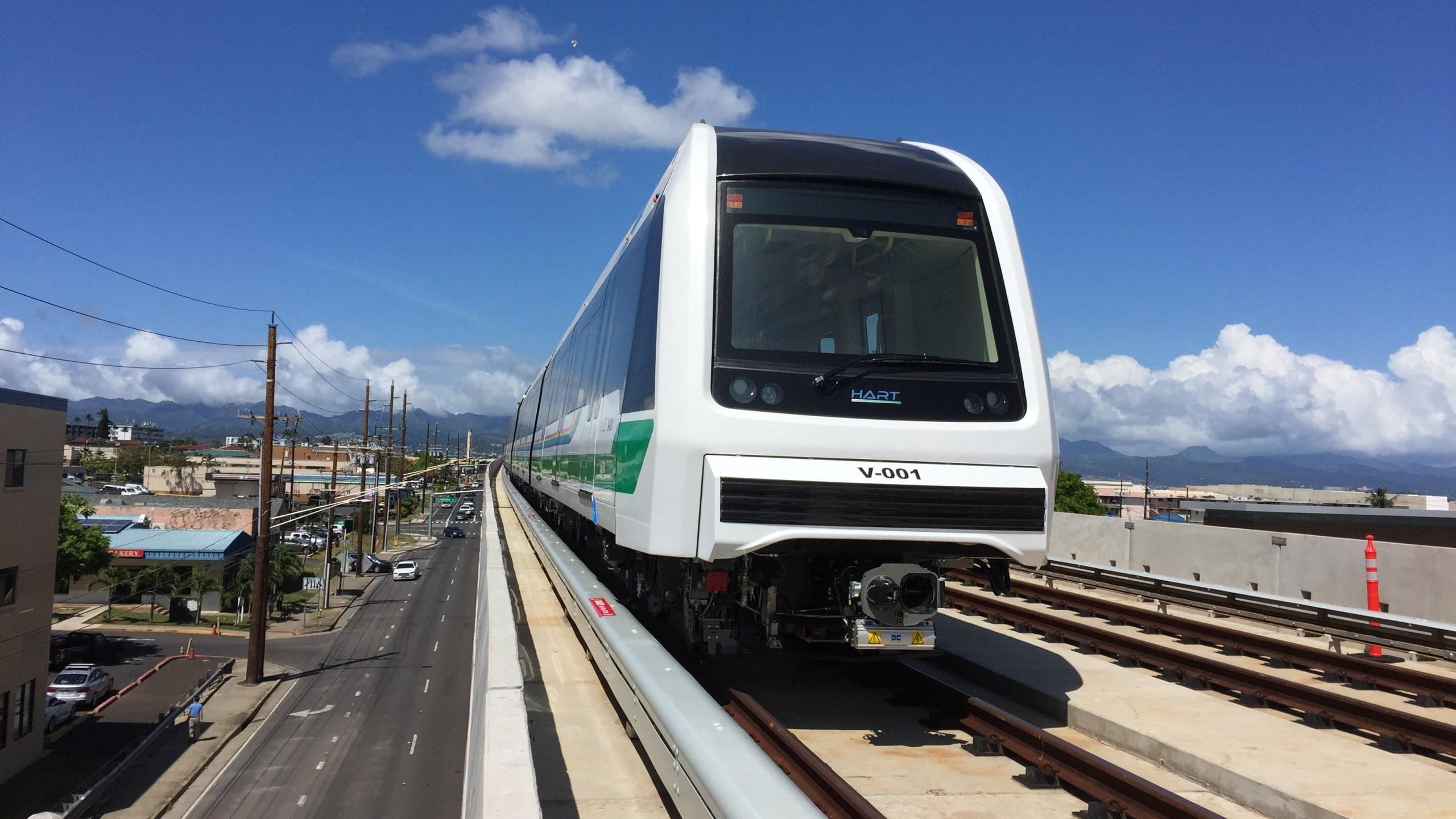 rail on guideway_211387