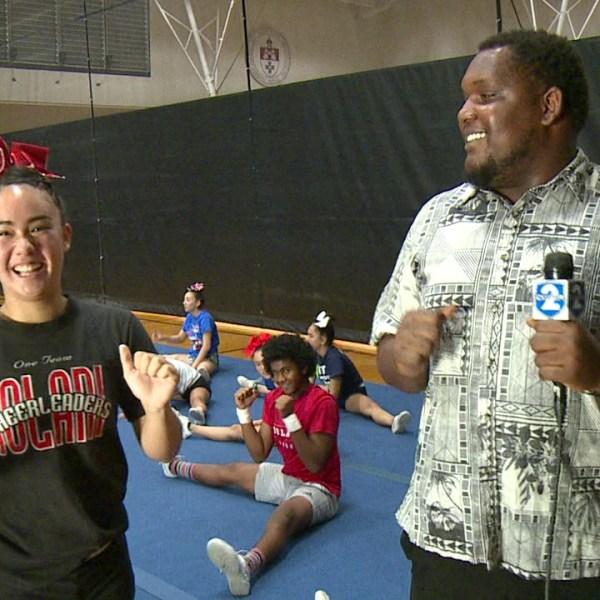 iolani school cheerleaders_227924