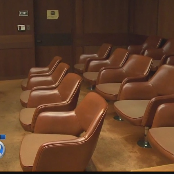 Scammers claim victims missed jury duty, threaten arrest if fine not paid
