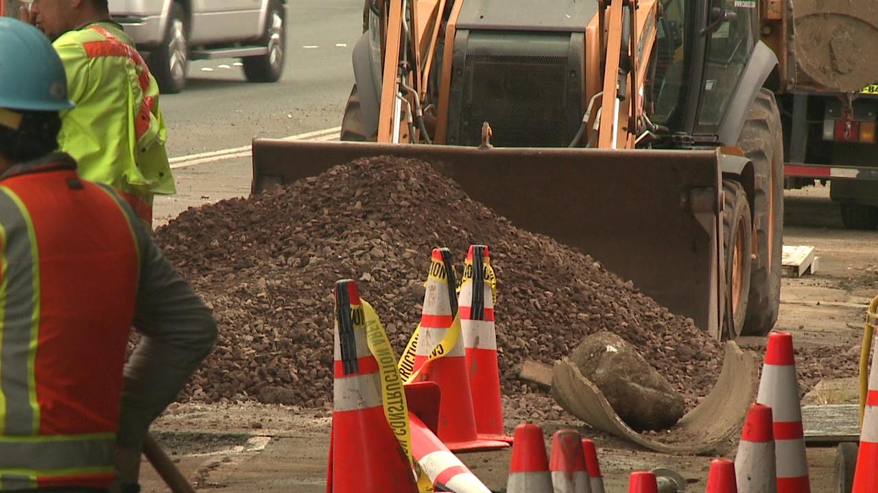 state workers road work repair_210110