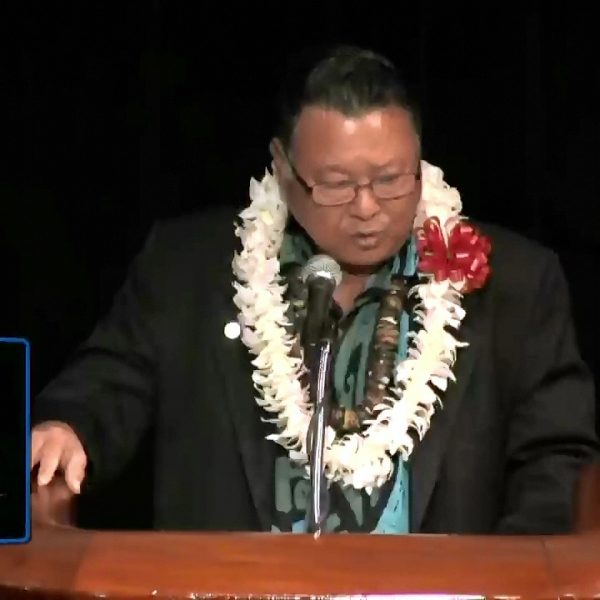 2-27 MAUI mayor alan arakawa_243961