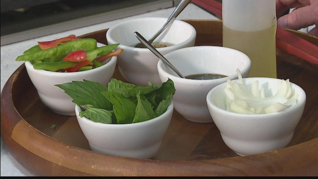 Hawaii's Kitchen: Noi Thai Cuisine