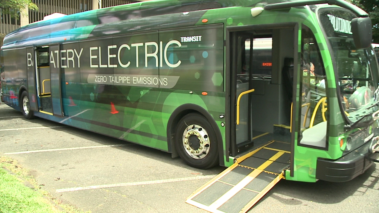 electric bus demonstration