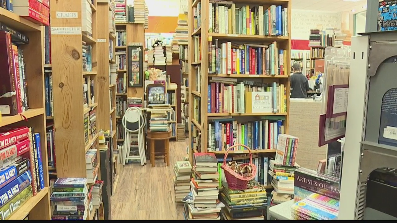 BookEnds in Kailua named Best Neighborhood Bookstore by Honolulu Magazine