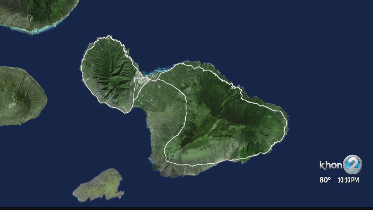 Man pronounced dead, woman hospitalized after being pulled from waters off Maui