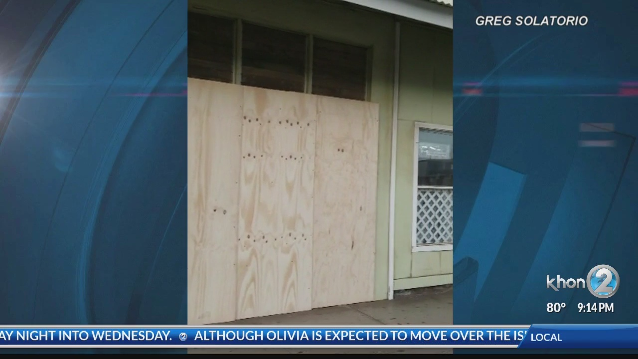 Molokai_residents_brace_for_impact_from__0_20180912072051