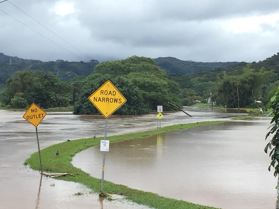 4-15 kauai flooding Hanalei