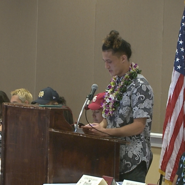 From the ILH to the Ivy League, Tamatoa Falatea signs with Princeton