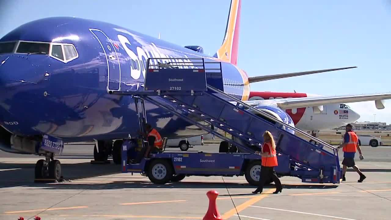 Southwest_Airlines_arrives_in_Hawaii_5_20190206025148