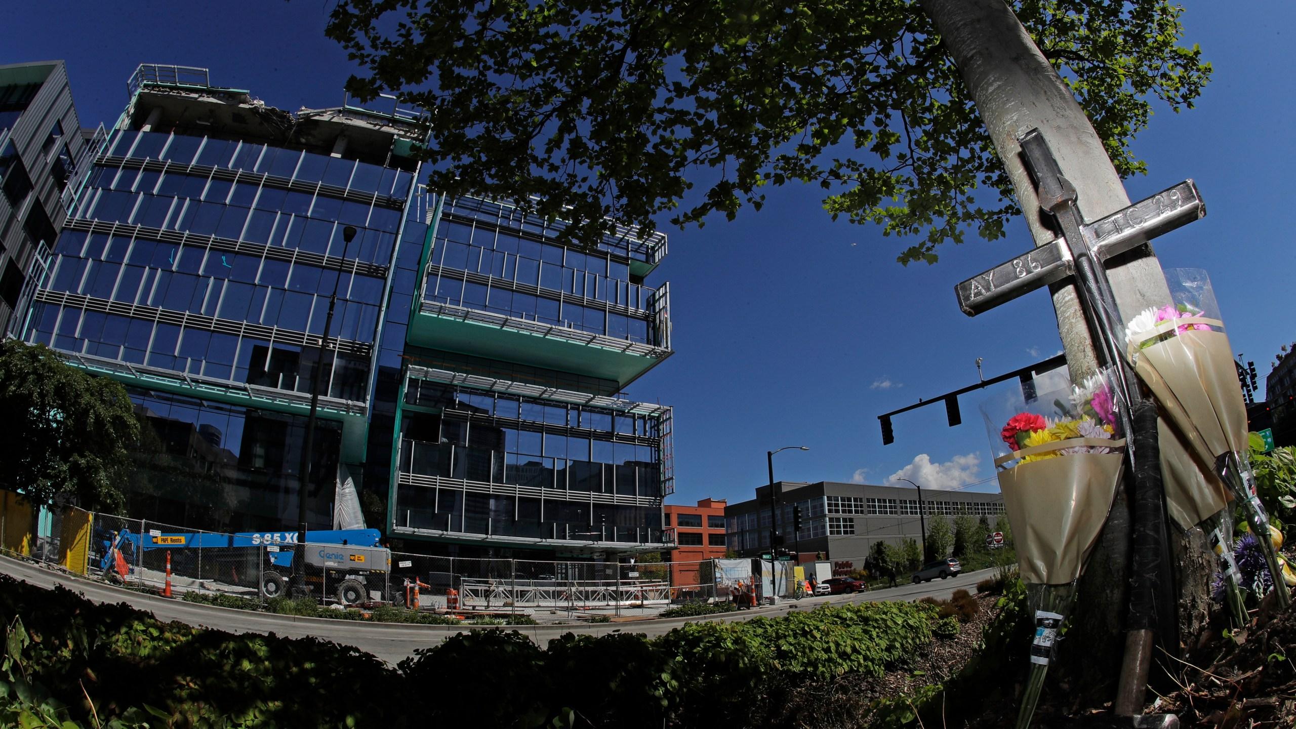 Seattle Crane Collapse_1556596183454