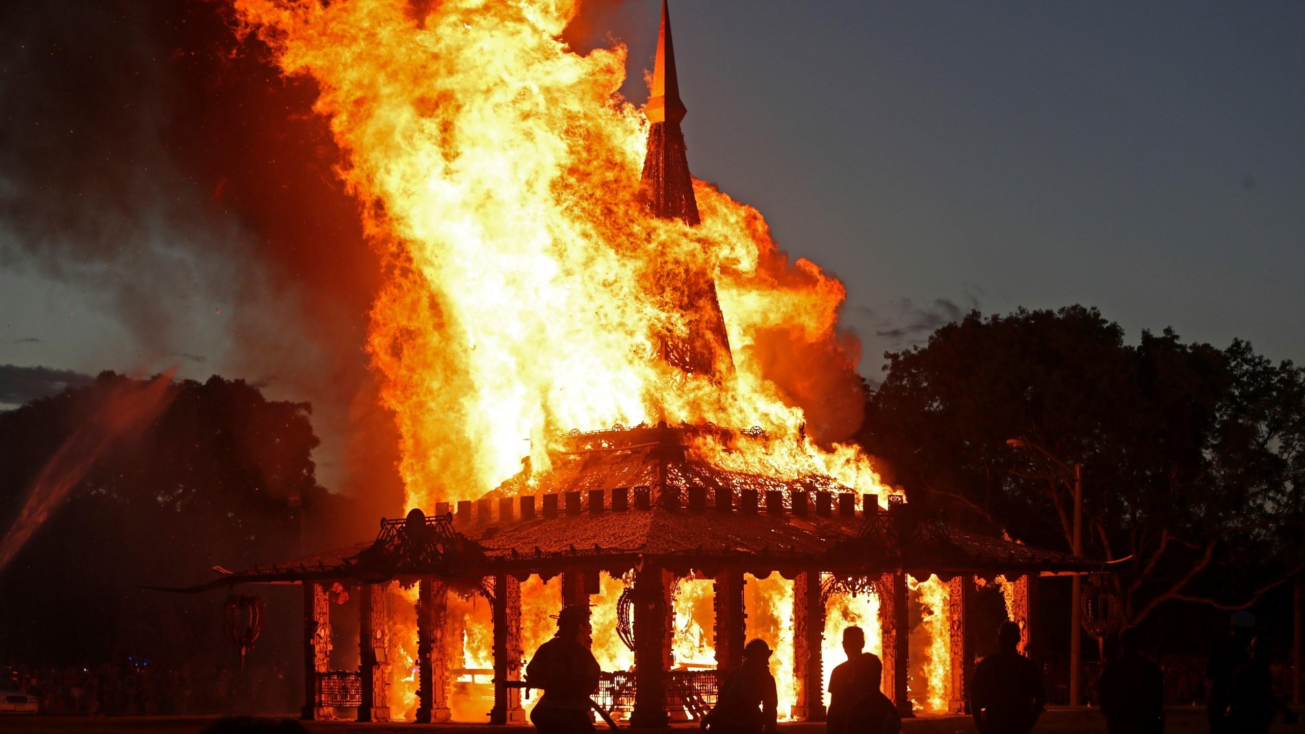 School Shooting Florida Temple Burning_1558334020445
