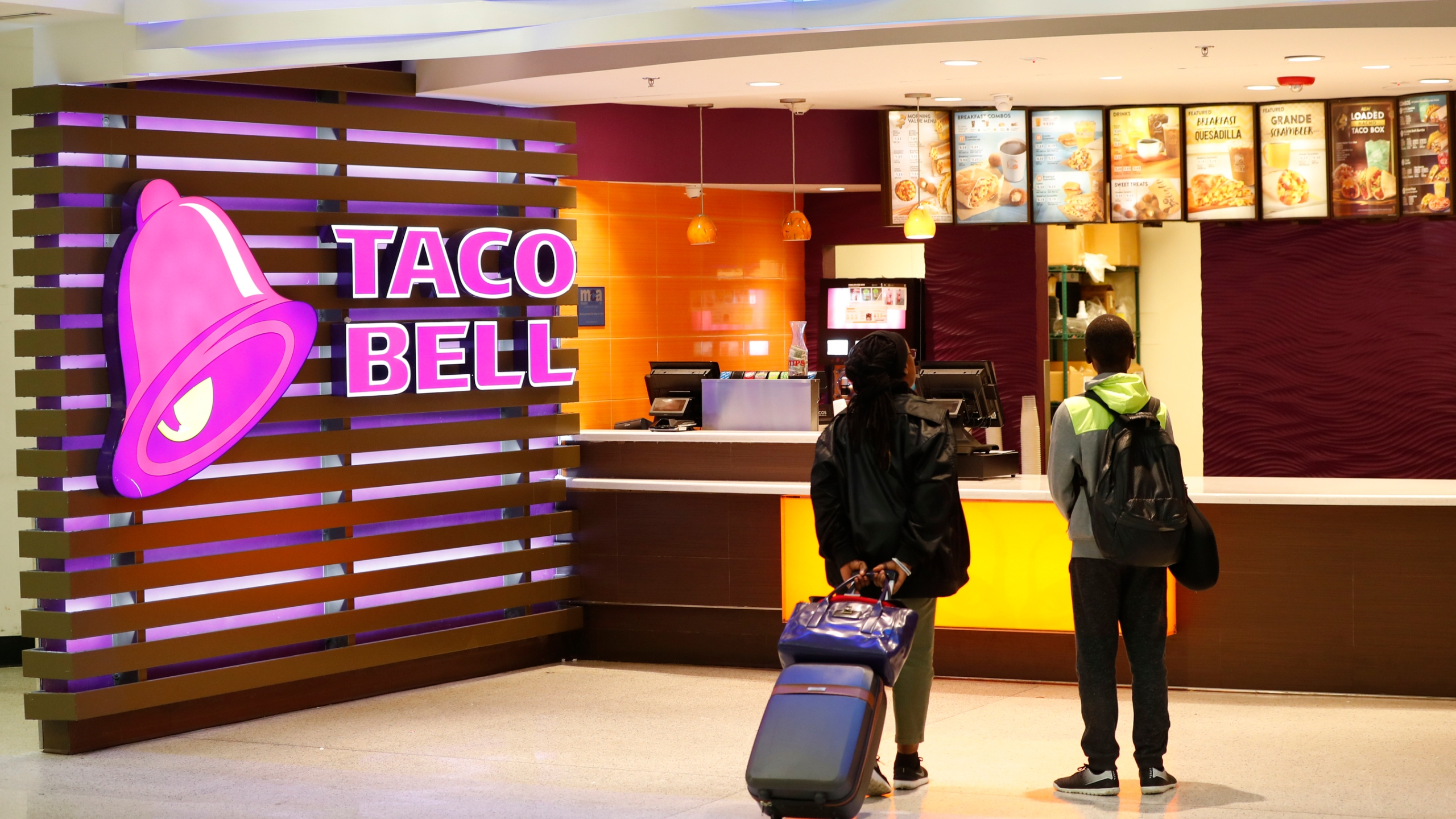 Taco Bell Hotel_1558076957197