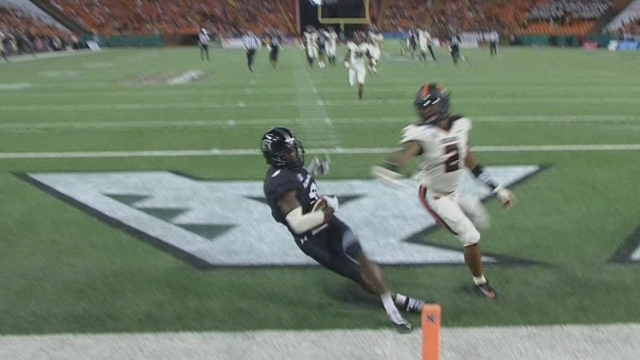 Hawaii comes back to defeat Oregon State, 31-28