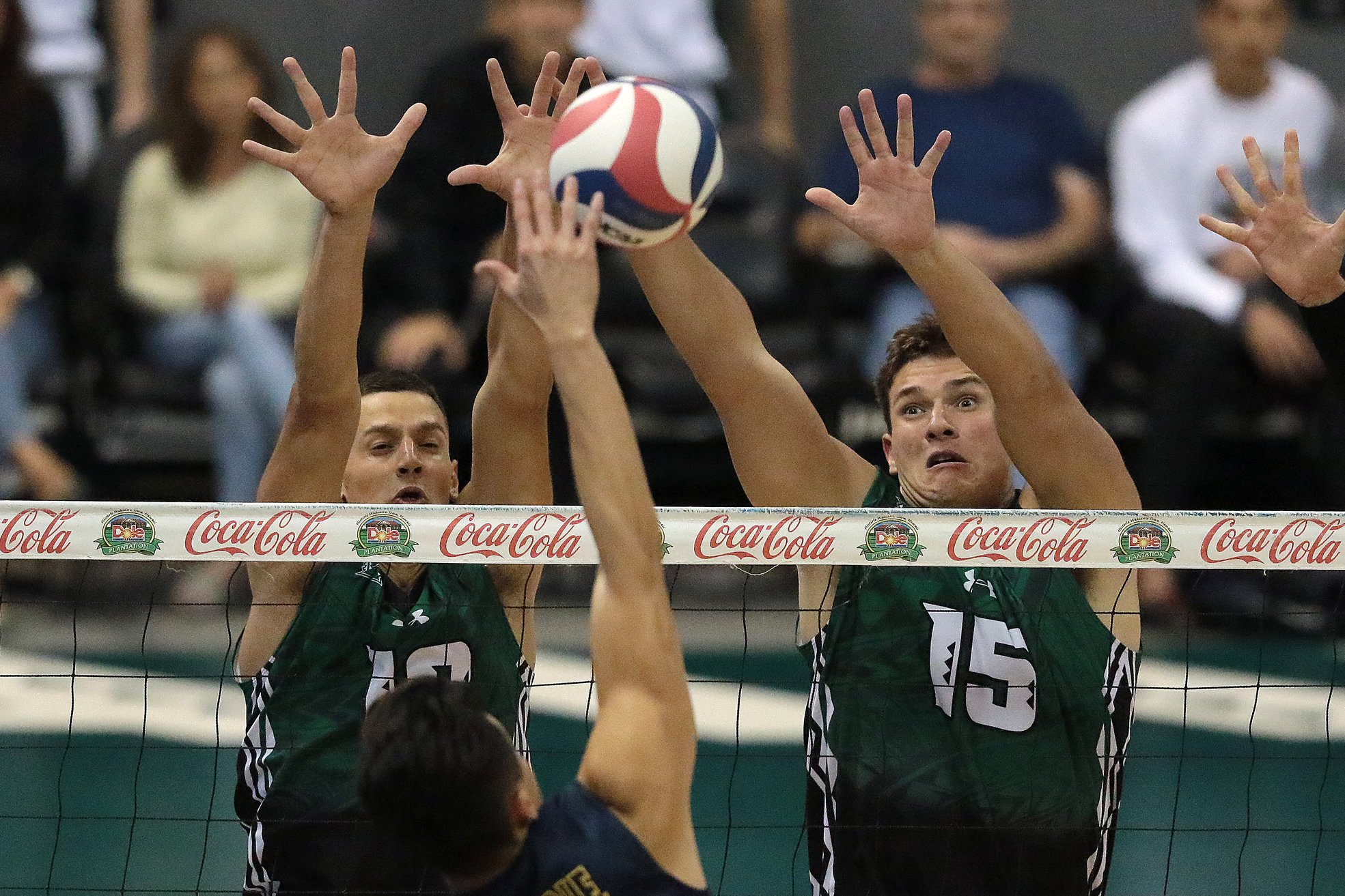 No 1 Hawaii Men S Volleyball Makes Quick Work Of No 11 Stanford In Road Sweep Khon2