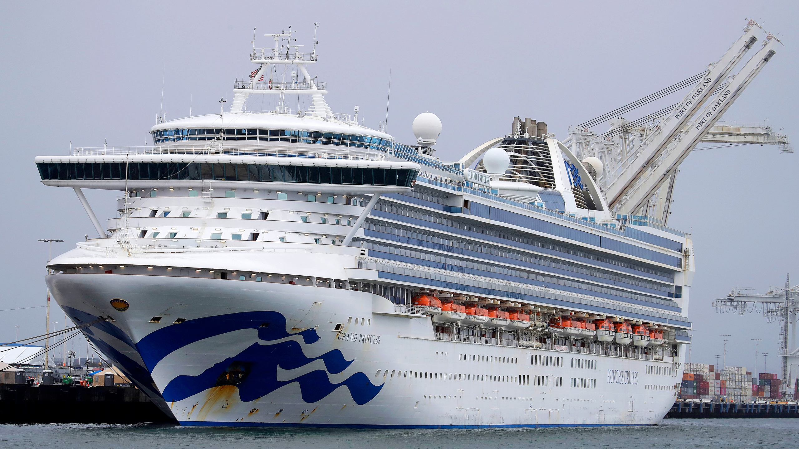 Grand Princess cruise ship