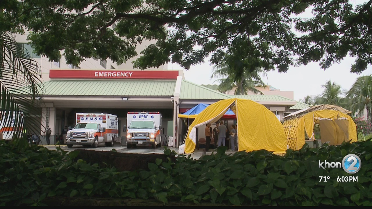 Triage tents set up at Queen's Medical Center for possible
