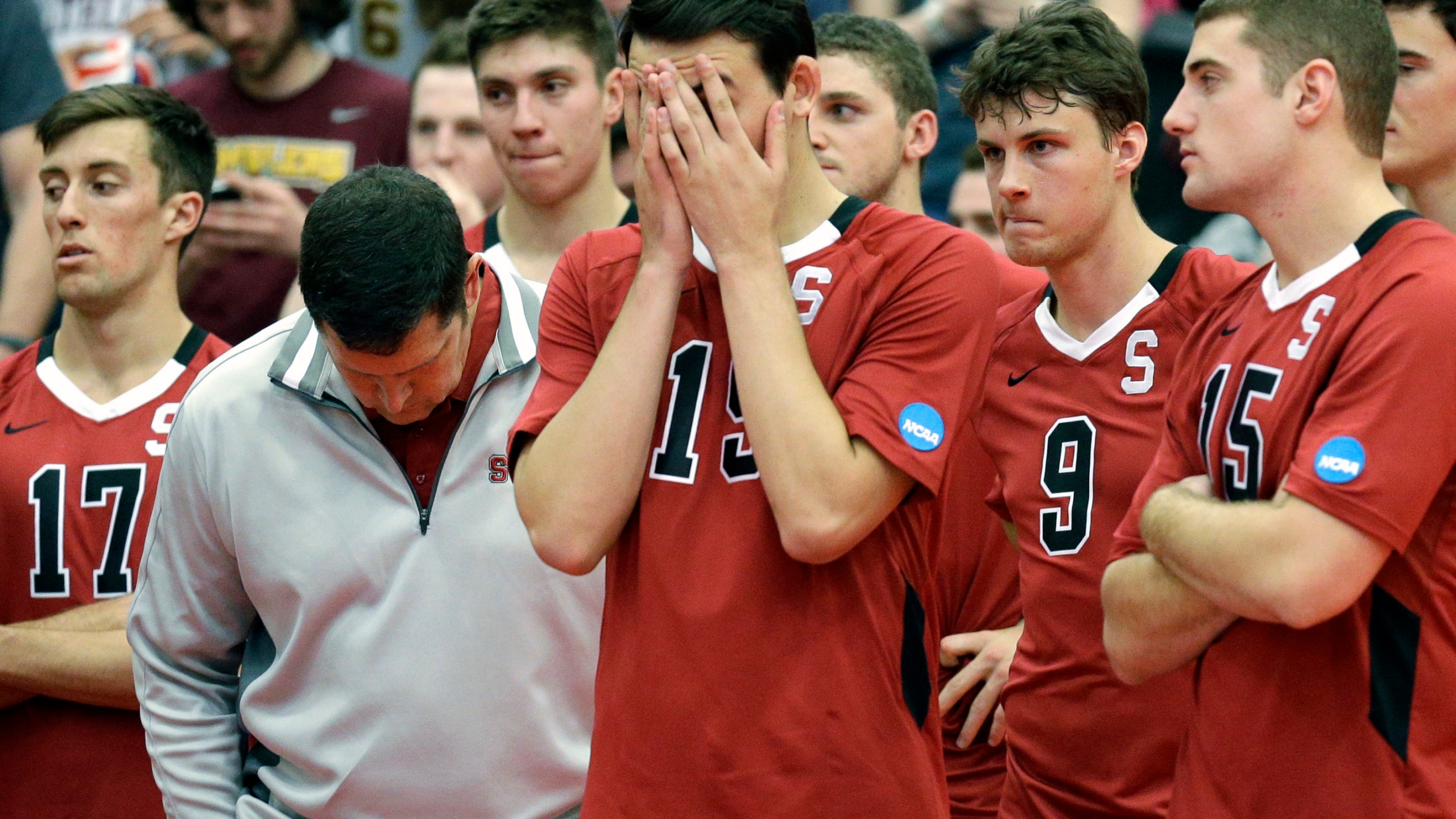 Stanford Men S Volleyball Signee And Recent Iolani Grad Kupono Browne Reacts To Loss Of Program In 2021 Khon2