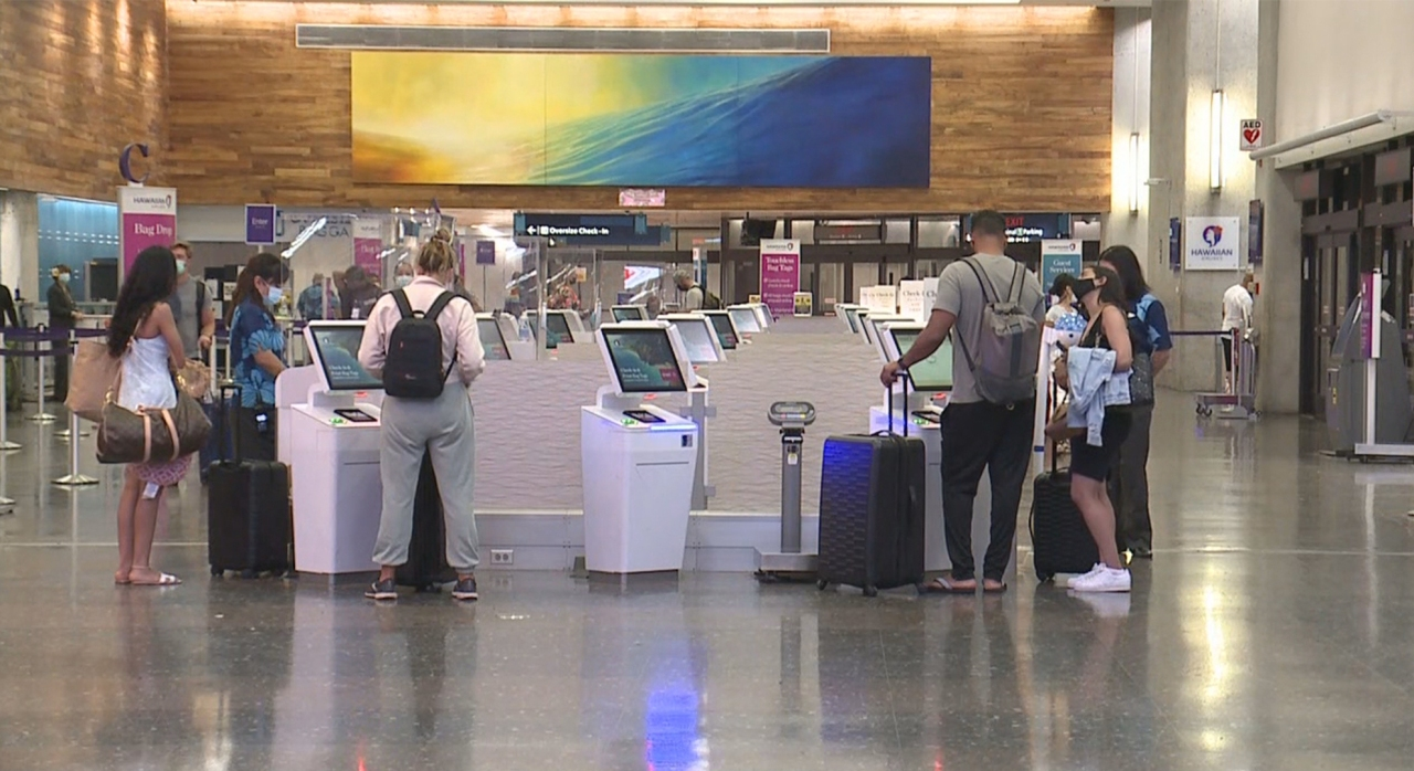 Hawaii travel rules to change Tuesday