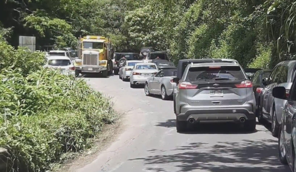 East Maui residents overwhelmed by influx of visitors, traffic