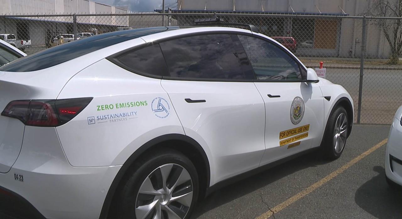 New Hawaii Tesla fleet raises eyebrows as DOT says it's saving money